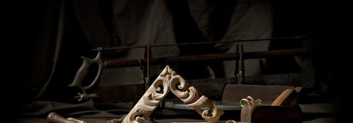 Produzione artigianale cornice